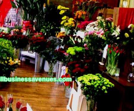 Experts note the fact that the sale of flowers is actively leading among the world's major businesses. Bouquets are presented for weddings, birthdays, engagements, anniversaries. Floral arrangements are used to decorate the interiors of cafes, restaurants and theaters. People actively buy not only cut flowers, but also potted plants in order to decorate their home as well. And this is understandable, because flowers bring a genuine feeling of joy and happiness.