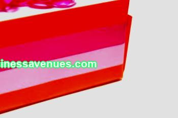Some tips for those looking to open a gift and souvenir shop. We develop a business plan, register a business, choose a room.